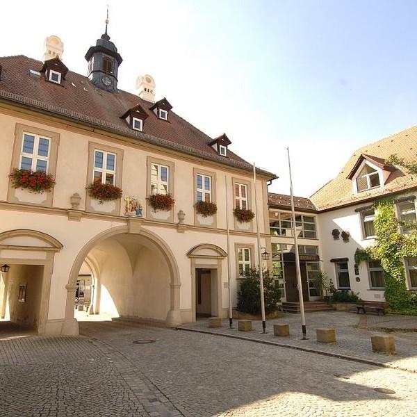 Verwaltung und Service Für Burgebrach und Schönbrunn i. Steigerwald