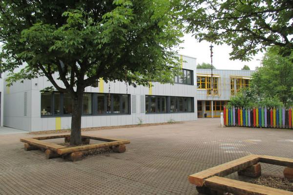 Grundschule Schönbrunn - Ampferbach